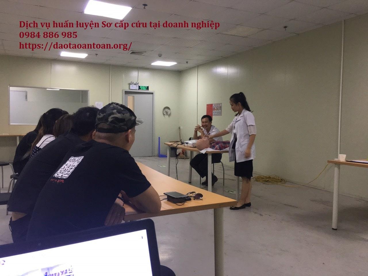 Dịch vụ huấn luyện sơ cấp cứu cho doanh nghiệp